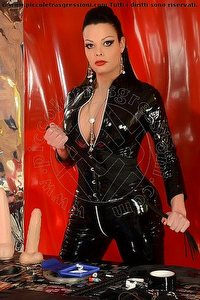 5° foto di Viktoria Mistress trans