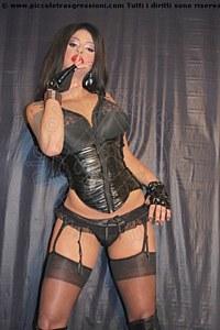 2° foto di Diavoletta Xxl Mistress trav