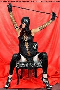 Foto di Padrona Victoria Mistress trans