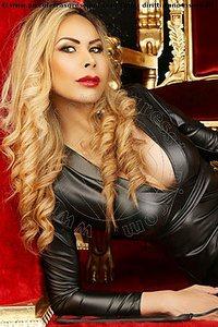 4° foto di Alejandra Borja Mistress