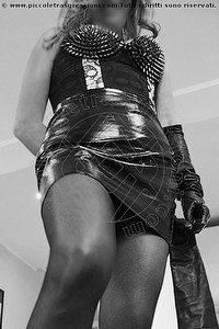 3° foto di Miss Blue Mistress
