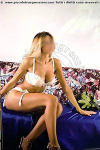 escort miss evy golden foggia foto 4
